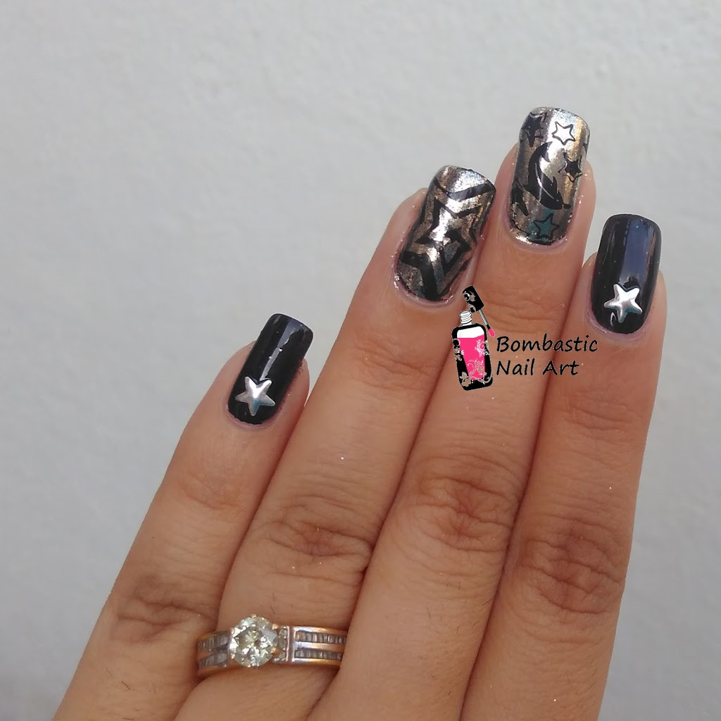 Born Pretty Chrome Powder Review With Star Nail Vinyl And Stamping