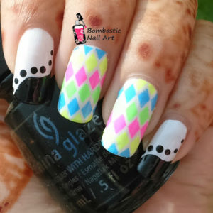 WAVE Chevron Nail Art Tip Guides Sticker Style Stencil fj012