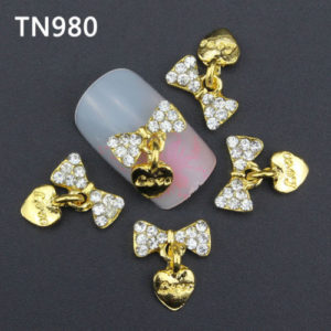 Golden Heart Dangle 3D Rhinestone Alloy Metal Nail Art Accessories TN980